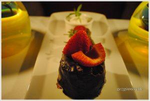 Çikolatalı pasta firuzende restaurant anemon hotel galata