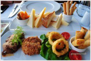 Sıcak meze ve peynir tabağı firuzende restaurant anemon hotel galata