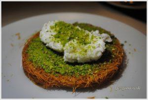 kaymaklı künefe nişantaşı başköşe iftar sofrası